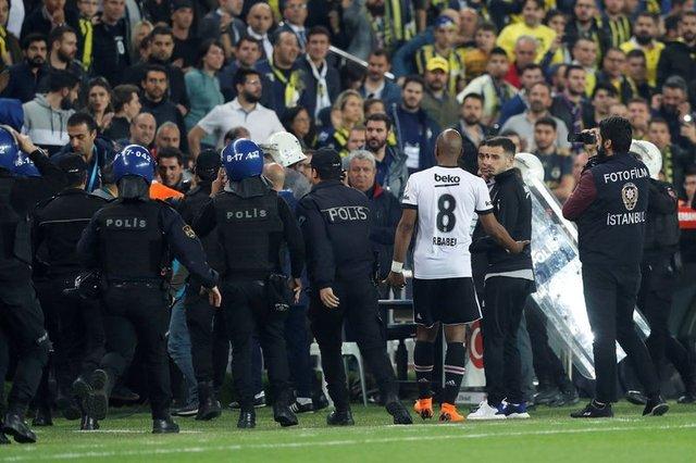 Fenerbahçe-Beşiktaş maçı nasıl devam edecek? Fenerbahçe-Beşiktaş maçı nasıl oynanacak? Beşiktaş sahaya çıkmazsa ne olacak?