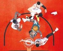 Toronto Raptors seride ilk galibiyeti elde etti