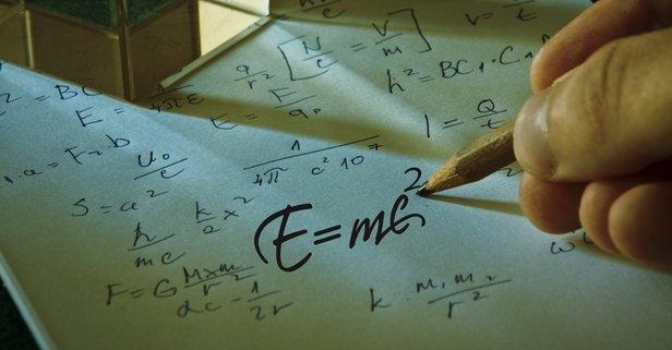 Kuantum Kuramı'nı geliştiren fizikçi kimdir?