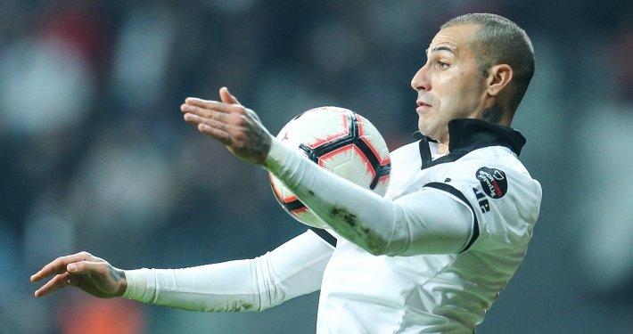 Ricardo Quaresma için Beşiktaşa resmi teklif yapıldı