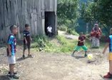 Barcelonalı yıldız Gerard Pique, Trabzonspor'un forma tanıtım videosunu beğenip paylaştı