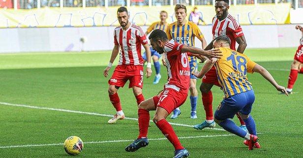 Sivasspor deplasmanda güldü