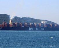 Çanakkale Boğazı trafiğe kapatıldı! 3 dev gemi...