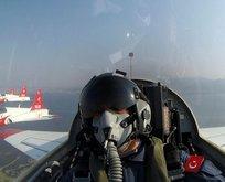Akar'dan Ege Denizi üzerinde uçuş
