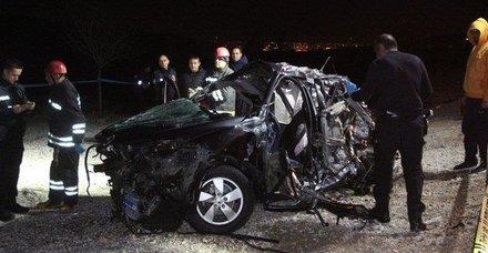 Doktor çift kaza kurbanı