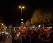 Macron'a öfke patlaması! Yüzlerce Türk sokağa indi