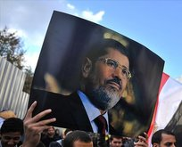 Mursi'nin oğlundan çağrı: Evlerde...