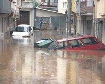 Bursa'yı sel vurdu
