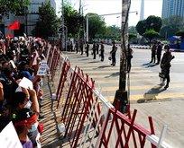 Darbeyi protesto eden 27 kişi gözaltında