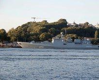 Sarayburnu'nda hareketlilik! Rus savaş gemisi demirledi