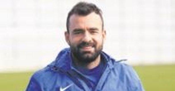 Adana Demirspor Mehmet Uslu'yu kaptı