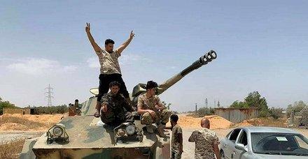 Son dakika: Libya'da Hafter'e ağır darbe: Ordu Terhune kentinde milis liderini yakaladı