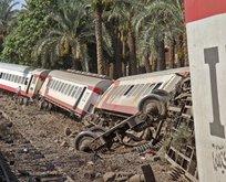 Korkunç kaza! Tren raydan çıktı en az 40 ölü var