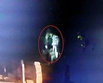 Mezarlıkta esrarengiz kız nöbeti!
