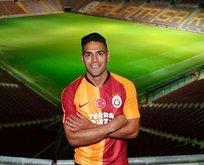 Falcao Galatasaray'dan ayrılacak mı? Kararını verdi!